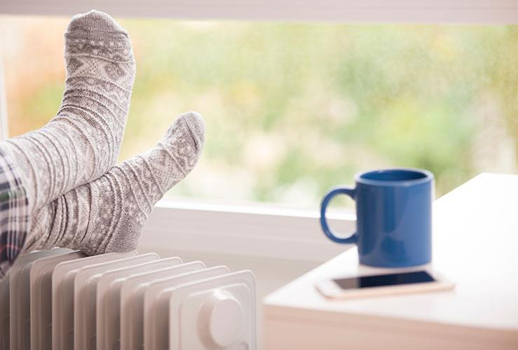 chauffage chaussettes pieds tasse